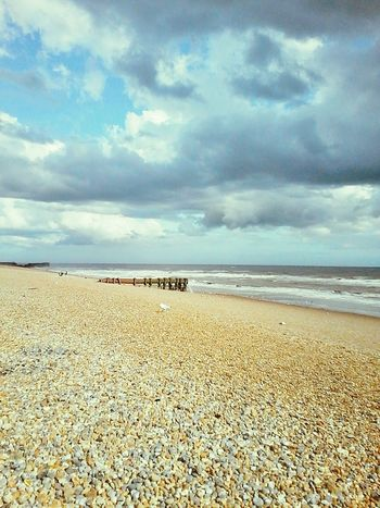 Sea Beach Horizon Over Water Sand Outdoors No People Nature Coastline Beauty In Nature Cloud - Sky Water GB Hastings Pebbles Seagull Nature_collection Naturephotography Nature_perfection Travelphotography Travelgram Traveltheworld British Summertime