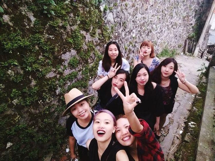 8 cô gái :3 !!!
