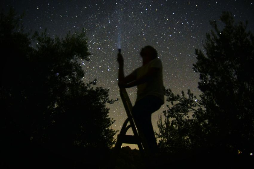 EyeEmNewHere Silhouette Night One Person Star - Space Leisure Activity Outdoors Only Men Nature Astronomy Perseid Meteor Shower Perseidas 2017 Scenics Beauty In Nature Bestfriend Bestoftheday Best EyeEm Shot Be. Ready. AI Now