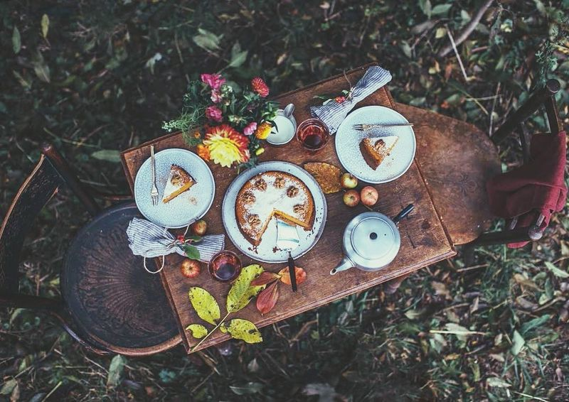 Yummy Nature Picnic Picnic Blanket Drink Day Outdoors Plate Flower Eating Healthy Table Woodtable Morning Antique Oldtable Wood - Material Nature Beauty In Nature Foodphotography Food Sweet Cake Cake Time Teapot Variation No People