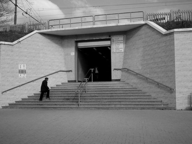 #basilicata #Black&White #blackandwhite #fotobianconero #Italia #potenza #potenzainferiore #sottopassaggio #stazione #urban #urbanphotography #vialedelbasento