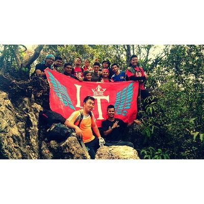 Band of brothers Lt GunungBungaBuah