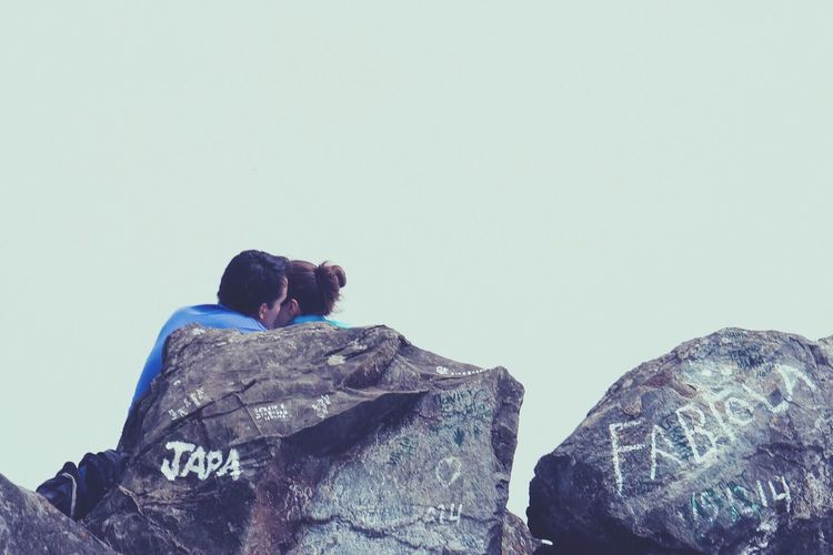 Love in its highest form (literally 9744ft), at the top of one of the highest mountains in Valle del Cauca, Colombia. Two Is Better Than One Scenics Tranquil Scene Non-urban Scene Togetherness Tranquility Beauty In Nature Rock Formation Nature Sky Mountain Hiking Hiking Trail Hikingadventures Love