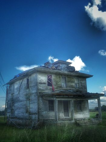 The coolness of the blue... Blue Wave Blue Sky Gettyimages Atmospheric Mood Captures Abandoned Beauty Of Decay Discardedbeauty EyeEm_abandonment Dilapidatedvisuals Creepywindowsunday Sombresociety Enjoying Life