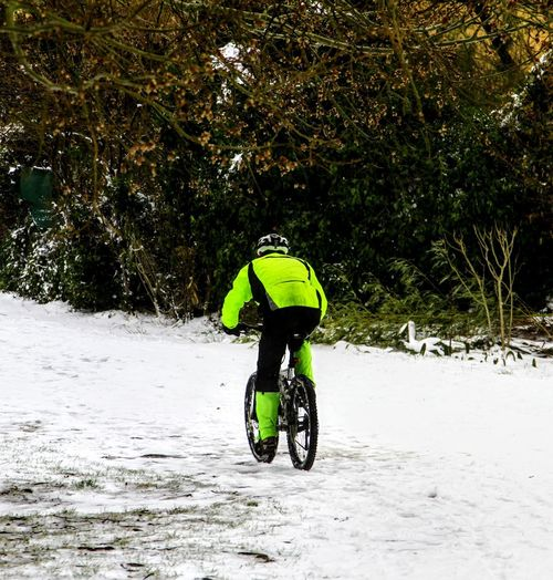 SnowBike.....I am stronger than any atmospheric element..... io sono piu' forte di qualunque elemento.... EyeEm Best Shots Nature Extreme Sports Cold Cold Temperature Bicicleta Mountain_collection Mountainbike Mountain Bike Passione Sport Photography EyeEm Nature Lover Winter_collection Eyem Best Shots Eyem Gallery My Point Of View Neve Snow Snow ❄ Wintertime Winter Mountanbike Bikers My Journey  Passion Sport Snowbike Strong Stronger Mattina Presto The Street Photographer - 2018 EyeEm Awards The Great Outdoors - 2018 EyeEm Awards