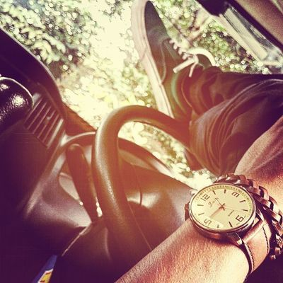 Time to break ... In Car 🚙 😴😴😴 Resnapshoot Instapic Instashoes Instawatch Instalike PhonePhotography Photooftheday Justpost Like4like Followme Dontjudge  Sneakers Watch Break Work Temanggung Java INDONESIA