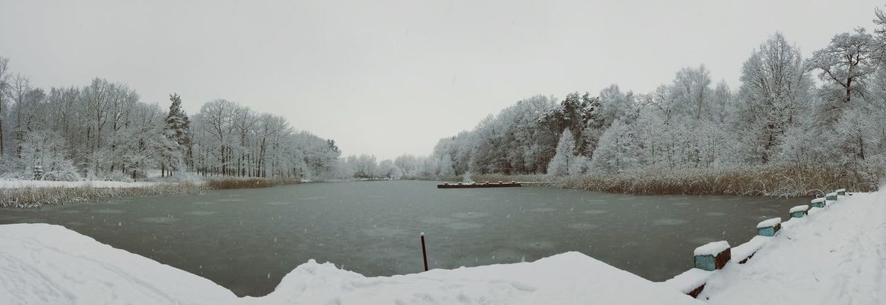 Snow ❄ Nature Photography Smartphonephotography Panoramic Photography Eyem Nature Lover Wintertime Lake Winter Nature_collection