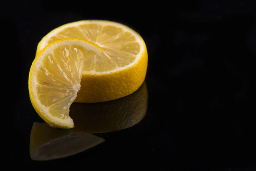 Black Background Citrus Fruit Close-up Cross Section Cut Out Food Food And Drink Freshness Fruit Healthy Eating Lemon Lemon Slices SLICE Studio Shot