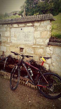 Cycling Mountains Cubebikes Cubeyourlife Rockshox Tora Advenutre Relaxing Enjoying Life Water Fountain Natural