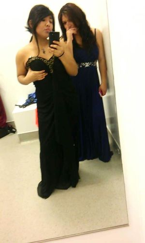 Beautiful Lovely Love Cute Bestfriend Taking Photos Sopretty Girls Dress Shopping Dressed Up