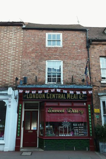 British Town Buildings Walking Around Outdoors Tiny Town Old House Upton Upon Severn Butchery Brick House