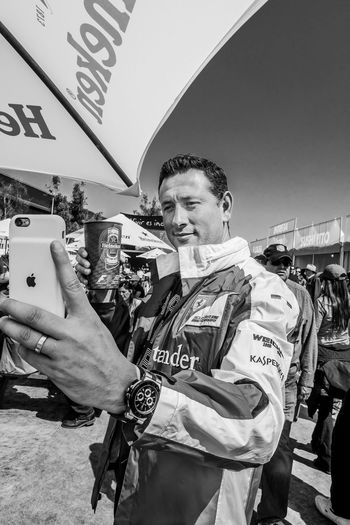 Selfie 1 Apple Ferrari Formula 1. KasperskyLab Santander Communication Heinekenexperience Real People Wireless Technology Young Adult