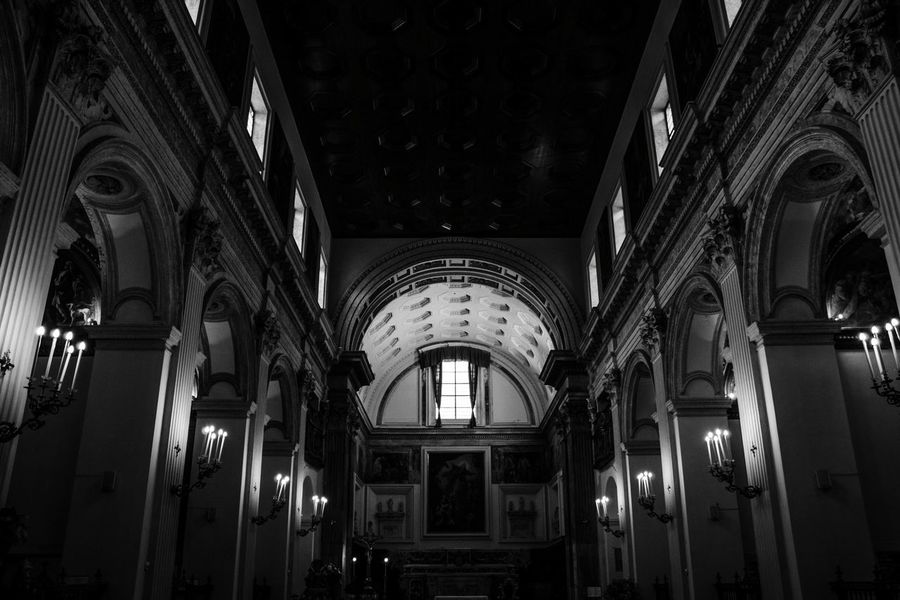 Architecture Arch Indoors  Built Structure No People Day Church Vasari Corridor Vasari Chapel Blackandwhite Photography Naples Napoli EyeEmNewHere Taking Photos EyeEm Best Shots Relaxing Monochrome Fashion Stories Shades Of Winter The Graphic City Love Yourself