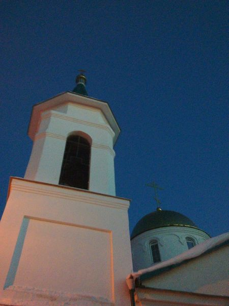 First Eyeem Photo Nice Day Religion Природа Low Angle View облака Spring Sun Beautiful природабелоруси небо облака Outdoors Place Of Worship People Architecture NOthIng Flower Travel Destinations Clock Face Cross Building Exterior Built Structure Façade One Person Spirituality