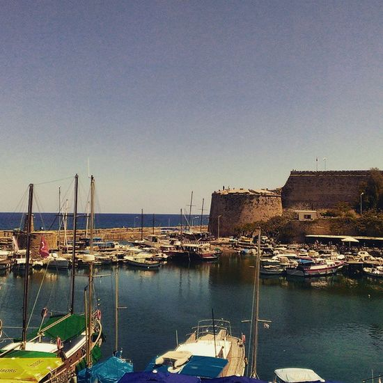 Girne Kyrenia çarsı Atarsaiki harbour cyprus