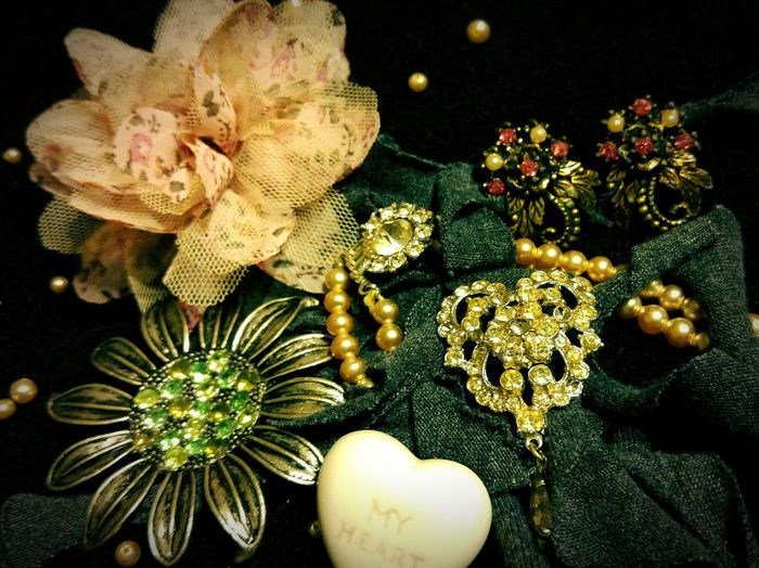 Vintage Taking Photos Check This Out Costume Jewelry Around The House Fooling Around Grandmastyle LGG4