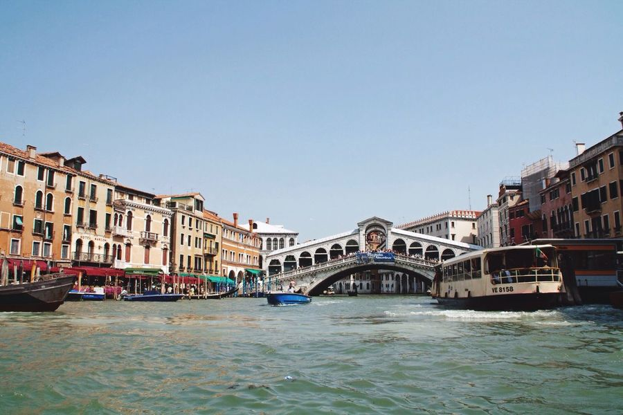 Bridge View Architecture Dolcevita  Ponte Di Rialto