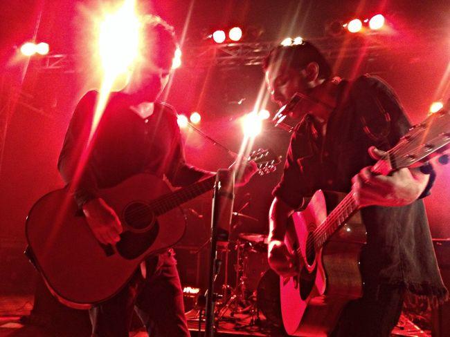 Peter and Robert perform howl album acoustic BRMC Greatshow Music Concert