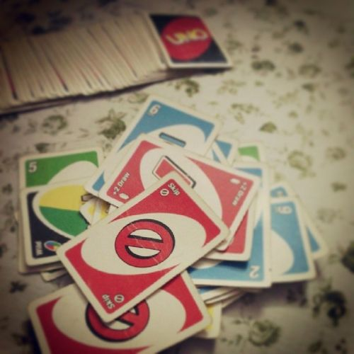 Playing_uno ... UNO ...