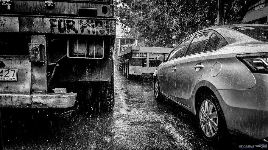 Carmageddon Carmageddon Heavytraffic Streetphotography_bw Street Photography Thunderstorm Urbanphotography Paco Manila EyeEm Gallery The Street Photographer - 2015 EyeEm Awards EyeEm Best Shots