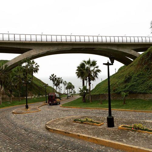 Más puentes!! 😍 Miraflores Lima