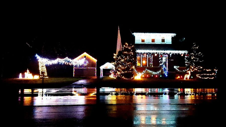 Christmas lights always put you in the spirit. Snow or not. Christmastime Christmas Lights Christmas Decorations Neighbor Water Reflections