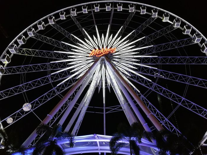 Life is like being on a ferris wheel ; sometimes you're way up high and sometimes you're way down low Asiatique The Riverfront EyeEm Gallery EyeEm Selects Night Nightphotography Night Lights Fun Ride Amusement Park Arts Culture And Entertainment Night Ferris Wheel Illuminated Amusement Park Ride Sky No People Outdoors An Eye For Travel