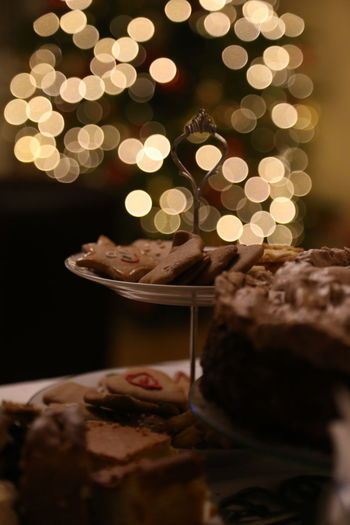 Christmas cookies Christmas Tree christmas tree Indoors  Selective Focus Celebration Christmas Decoration Illuminated Close-up Night The Purist (no Edit, No Filter) Nofilter Noedit Cookies Gingerbread Bokeh Photography Bokehlicious Christmas Dinner Christmas Background Abstract