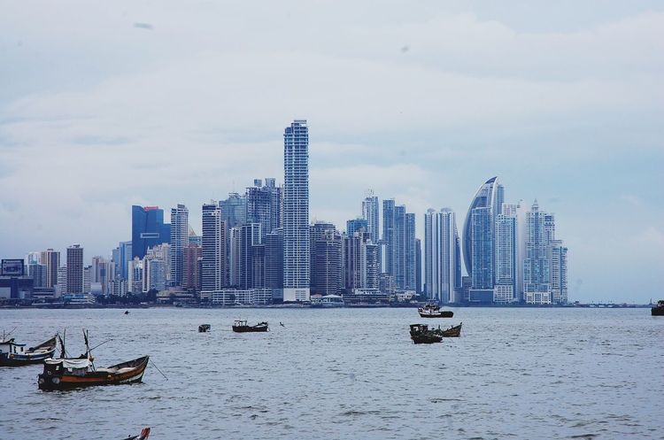 Overcast Weather ❤ Panama City PANAMA SKYLINE EyeEmNewHere I Love Panamá Overcast Sky Overcast But Beautiful Modern City☀️🌞🌊
