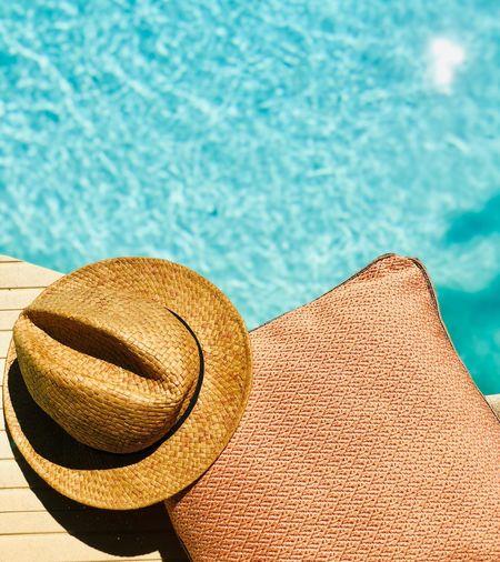 Hat Pool Water