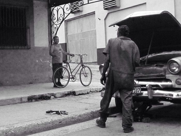 Keeping it on the road - Havana, Cuba Cuba Black And White On The Road The Explorer - 2014 EyeEm Awards