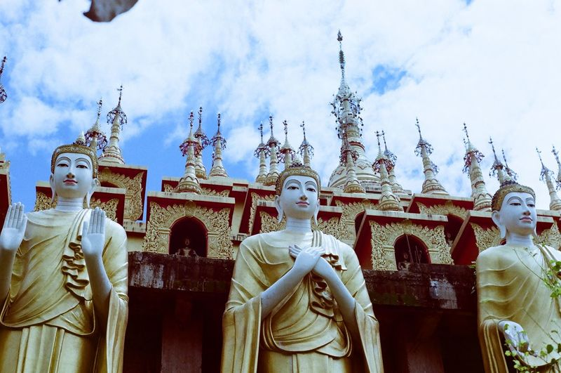 This place is very beautiful. Archaeological Site Attractions Butterfly Beautiful Buddha Image Faith Sky And Clouds Statue Travel Travel Photography Traveling View Archaeological Site Of Thailand Attractions Backgrounds Buddha Statue Establishment Establishment, Construction, Erection, Location, Setting-up Sculpture Sky Temple Temple In Thailand Templephotography