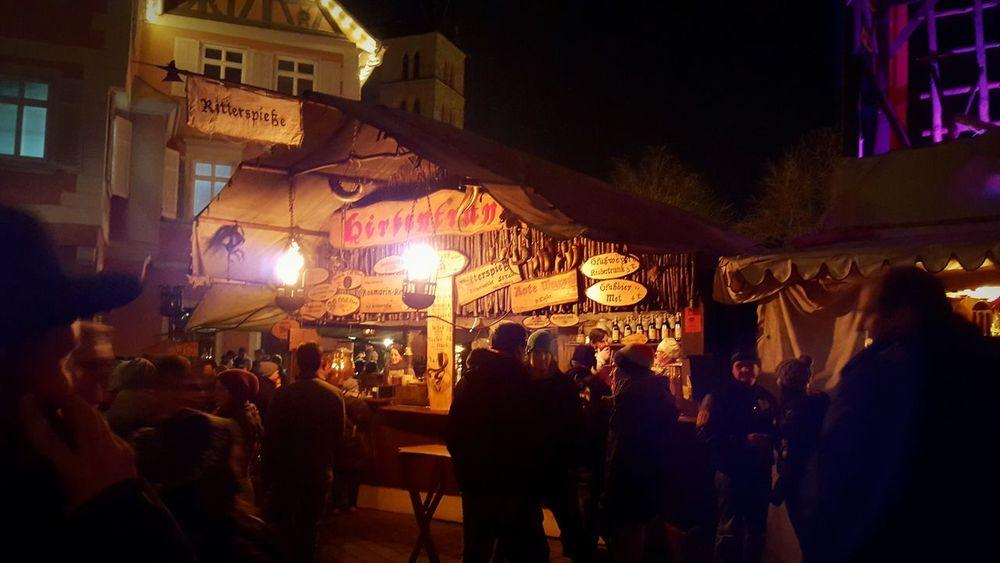 Mittelaltermarkt Weihnachtsmarkt Esslingen Am Neckar Abendstimmung Met Glühwein Feuerzangenbowle Lichter Glanz