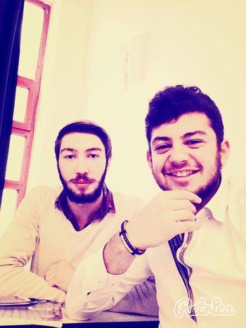Hello World Istanbul Mutluluk Lazım