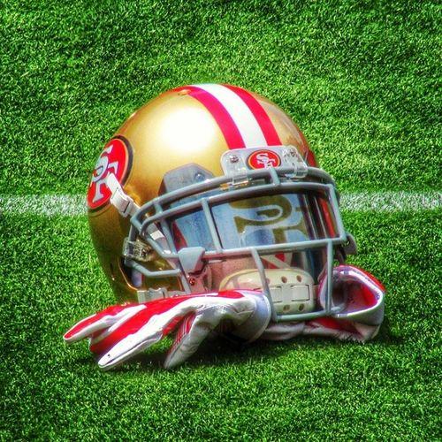 NFL Niners Ninerfan Ninerempire 49ers 49ersfan 49erempire 49erfaithful 49erfans goldblooded goniners 9ers 9ersfan the_niner_empire nfltrainingcamp 49erstrainingcamp sf49ers sanfrancisco49ers footballhelmet helmet