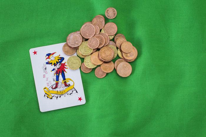 Arrangement Cash Coin Communication Creativity Fiches Geometric Shape Green Color Joker Jolly Money No People Poker Pokerface Texas Hold'em Various