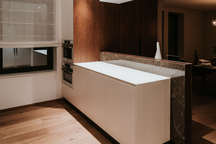 Indoors  Home Domestic Room Home Interior Modern No People Architecture Built Structure Wood - Material Flooring Luxury House Home Showcase Interior Sink Building Wealth Household Equipment Faucet Wood