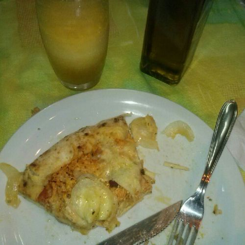 Aula pra que? Vamo come pizza com as amigas ué HAHAHA ft LauraAlmeida ft StheMeirelles s2