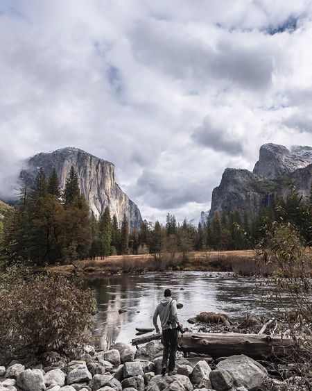 With the first snow of the winter appearing down south I'm reminded of how it followed us to Yosemite. This is El Capitan Check This Out The Great Outdoors - 2016 EyeEm Awards EyeEm Nature Lover Nature_collection Exploring New Ground Nature On Your Doorstep Tadaa Community Exceptional Photographs Ladyphotographerofthemonth Amazing_captures For My Friends That Connect The Great Outdoors With Adobe EyeEm Masterclass Lookingup Popular Photos Landscape_Collection Photooftheday Mountains Travel Photography Nature Shootermag Majestic Tranquil Scene Check This Out Eye4photography