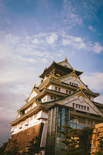 Architecture Building Exterior Built Structure Cloud - Sky Day Japan Japan Photography Low Angle View No People Old Outdoors Palace Place Of Worship Religion Sky Spirituality Street
