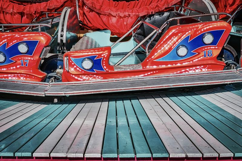 Animation Children Colored Fun Funfair Funfair🎡 Funny Hamburger Dom Karussell Kirmes Morning Morning Light Carusell Close-up Color Colorful Day Fun Times Funfair Streetphotography Multi Colored Red The Week On EyeEm The EyeEm Collection Premium Collection EyeEm Germany