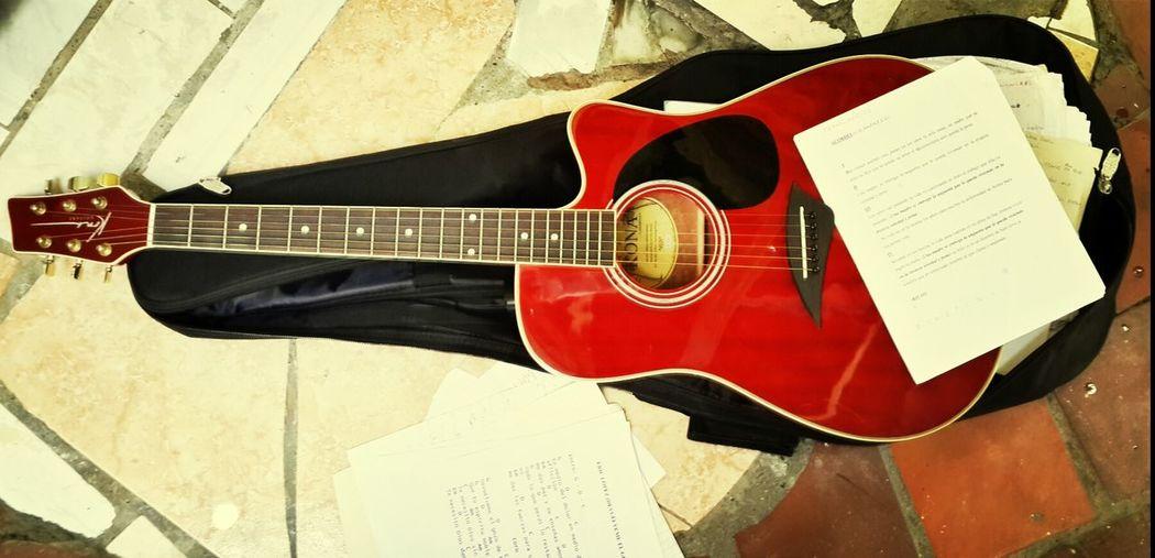 La Musica, Parte Esencial de Mi
