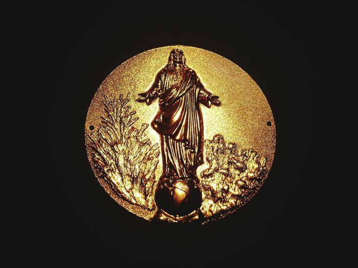 Jesus Jesus Christ Circle Gold