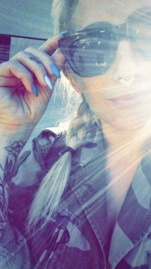 Camo streetstyle Camouflage Blondiegirl Sunglasses Cheapmonday Nailsdesign Cherrypopy Fingertattoos Camo Septumpiercing  Streetstyle