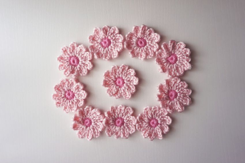Crochet flowers Crochet Crochet Flowers Handmade Acrylic Yarn Crafts EyeEm Selects Flower Snowflake Pink Color Close-up Flower Head Petal