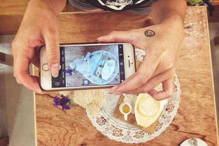 ShareTheMeal Throwback EyeEm Live IPhone Coffe Shop Night Nice 😚