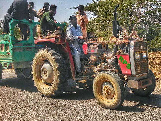Road Trip Peoples Tractorlife Travel Photography Click On The Go Karachi Pakistan Karachi EyeEm EyeEmNewHere Be. Ready.