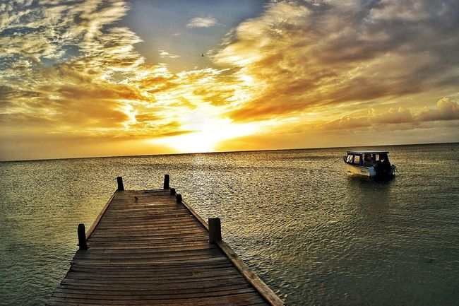Sunset Sea Water Beauty In Nature Scenics Sky Nature Outdoors Cloud - Sky Day Coche Horizon Over Water Sand Nikon Photo Venezuela Playa