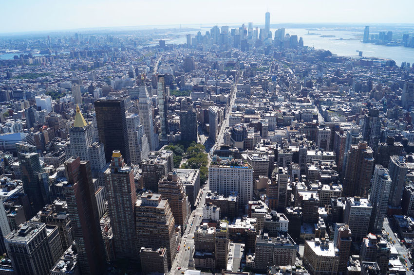 Vista sulla città di New York #manhattan #NYC Aerial View Architecture Building Exterior City Cityscape Downtown District Sky Skyscraper Tower Travel Destinations Urban Skyline
