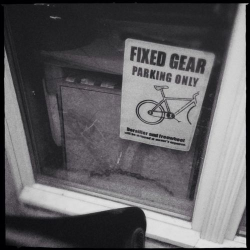 Fixed gear parking only. Derailed and freewheel will be stripped at owner's expense. Hipstamatic Americana Us1776